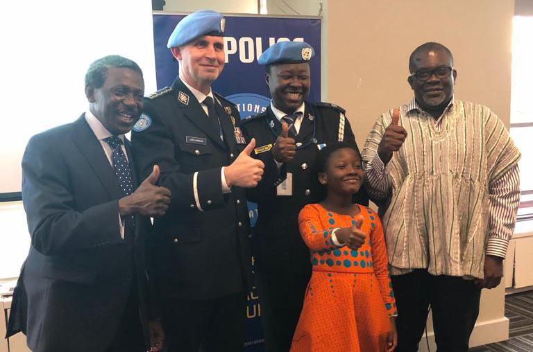 """جائزه شرطة الأمم المتحدة فيليس اوسي: """"مثال ساطع لكيفية مساهمة المرأة بشكل مباشر في السلام""""."""