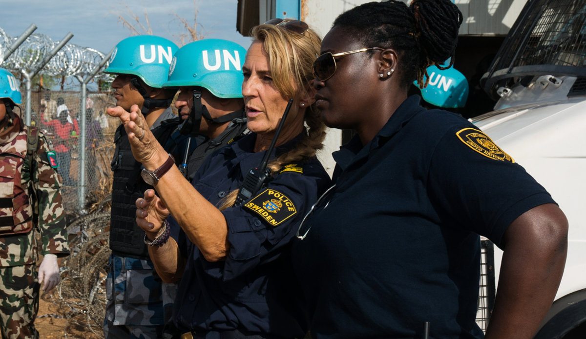 united nations field officer - 1200×695